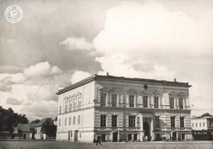 Neutomischel um 1960, im Hintergrund Häuser aus Gründezeit