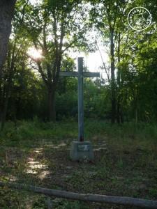Gedächtniskreuz auf dem ehemaligen Friedhof zu Scherlanke