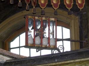 Sanduhren auf der Kanzel - Bildquelle: http://commons.wikimedia.org/wiki/File:Kulturen_-_Bosebo_kyrka_7_Sanduhren_auf_der_Kanzel.jpg?uselang=de
