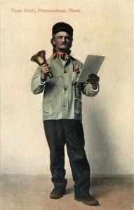Der Stadtschreier - er verlass durch lauten Ausruf Bekanntmachungen - Bild: http://commons.wikimedia.org/wiki/File:Town_Crier,_Provincetown,_MA.jpg?uselang=de