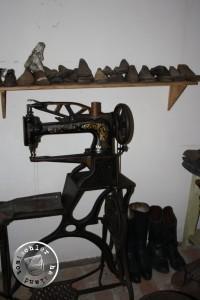 Schuhmachergerätschaften im SKANSEN BUDOWNICTWA LUDOWEGO in Wolsztyn (Freilichtmuseum der Volksbauweise des Westlichen Wielkopolska in Wollstein )