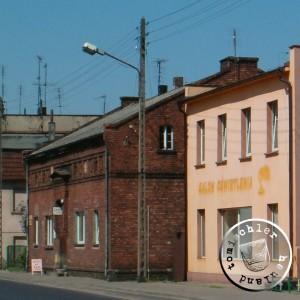 Das rote  Backsteingebäude war die ehemalige jüdische Schule - Eigenaufn.