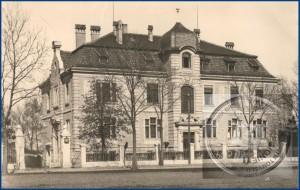 Das ehemalige Kreishaus um 1930 - Bild: Kreis- und Stadtbibliothek von Nowy Tomyśl