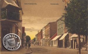 Blick in die Goldstraße, rechts war u. a. auch das Geschäft des Sattlermstr. Knoll - Ansichtskarte aus der Sammlung des Wojtek Szkudlarski
