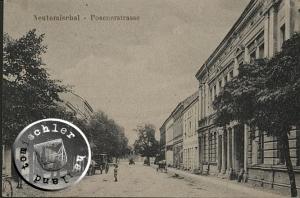 """Blick vom Alten Markt in die Posener Strasse, rechts an das Gebäude des """"Schwarzen Adlers"""" schließt sich das Gebäude der No. 74 an / Karte: Wojtek Szkudlarski"""