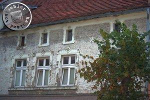 """Heute ist das Gebäude arg in """"die Jahre"""" gekommen ... / Aufn. GT"""