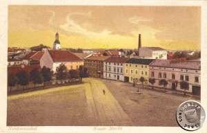 Der ehem. Neue Markt, Aus-/Einfahrt zur Dampfmühle Maennel war das gelbe Gebäude rechts / AK Sammlung Wojtek Szkudlarski